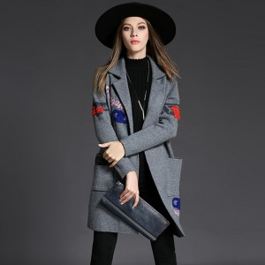 Free shipping Autumn Winter Overcoat For Women Covering Yarn Sweater Coat Midi Length Trench Embroidery Fashion Loose Wind Coat