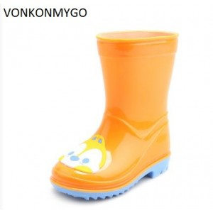 VONKONMYGO Children Shoes Solid Color Boys Girls Quality Jelly Shoes Round Toe Short Water Shoes Rubber Finds Boots